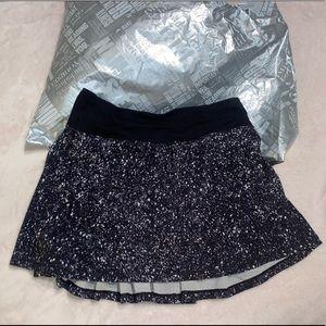 Lululemon (Size 2 Tall) Pacesetter Skirt